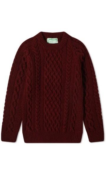 Tamsiai raudonas megztinis