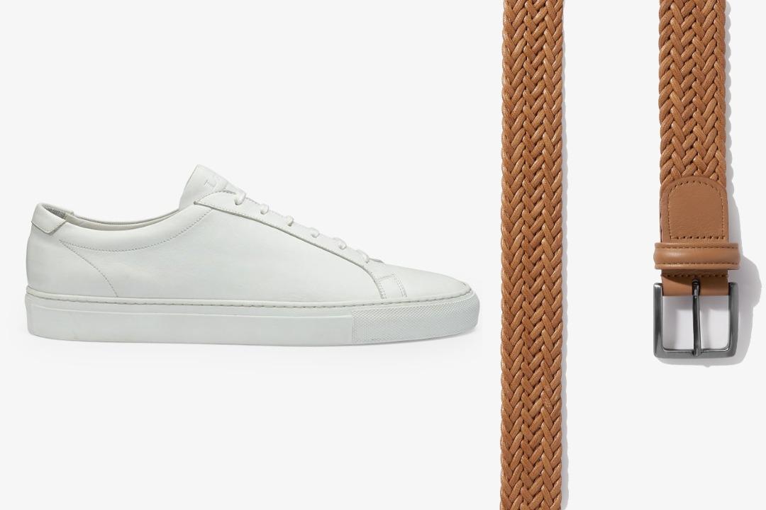 Balti sportiniai bateliai ir šviesiai rudas pintas diržas