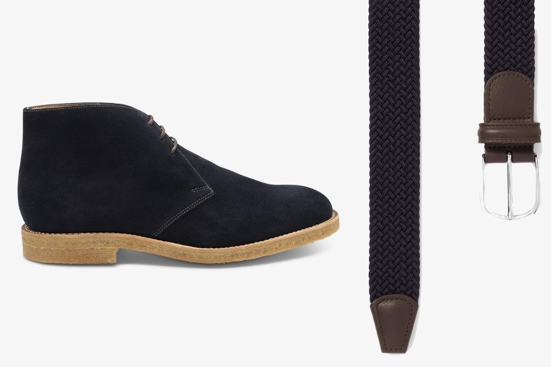Tamsiai mėlyni batai ir tamsiai mėlynas diržas