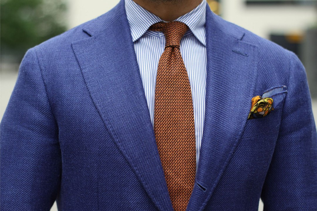 Kaip derinti spalvas aprangoje