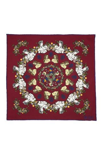 Raudona raštuota švarko nosinaitė
