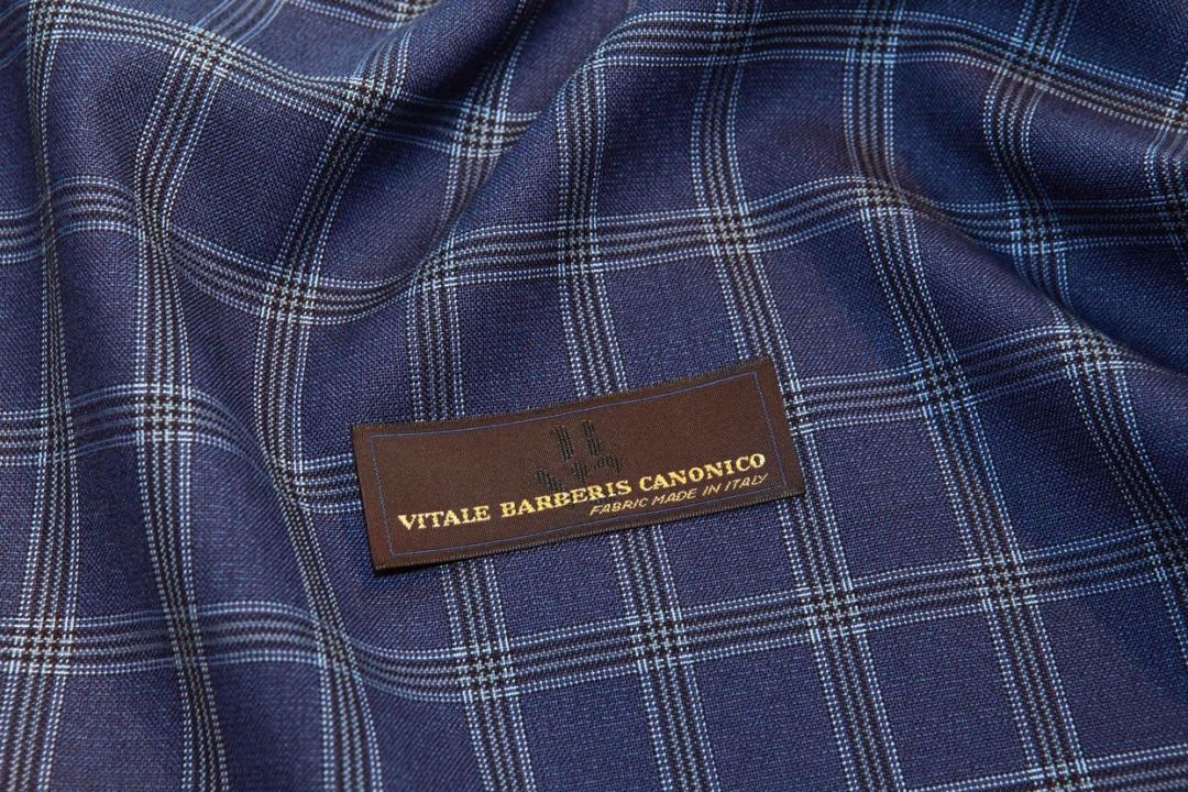 Mėlyna languota kostiumo medžiaga