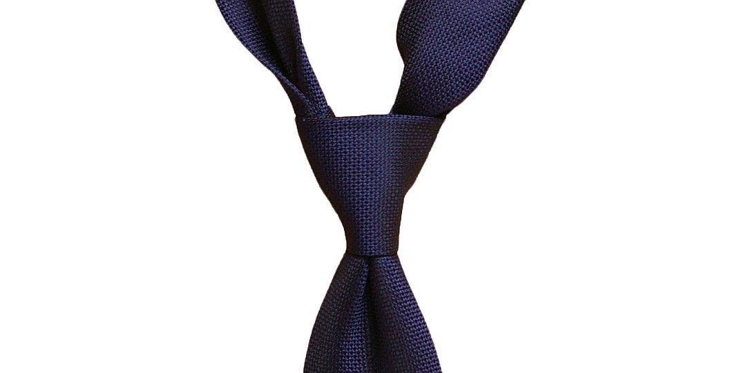 Pratio Šelbio kaklaraiščio mazgas
