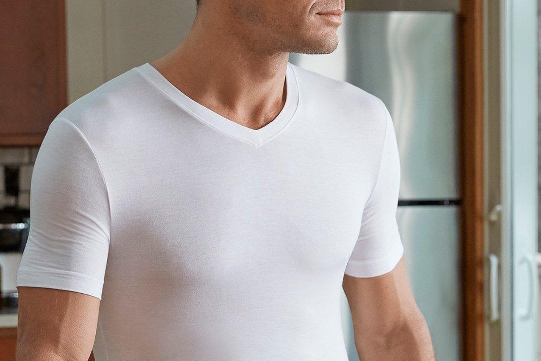 Kaip vilkėti apatinio trikotažo marškinėlius